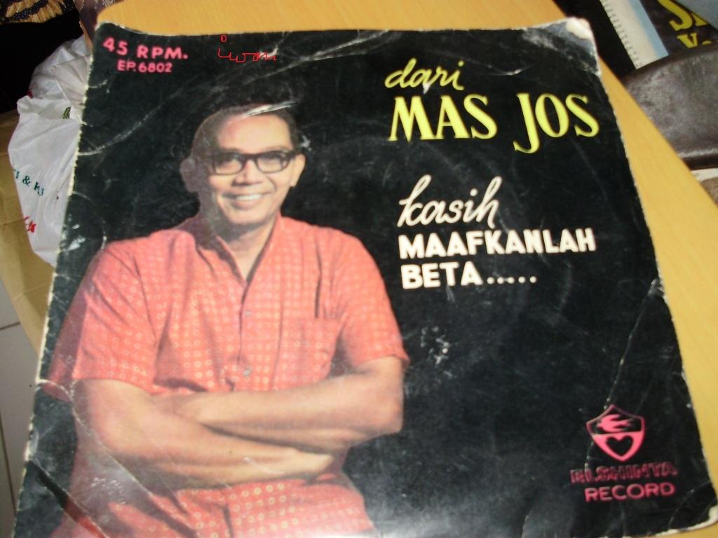 berjudul dari mas yos kasih maafkan beta  berupa rekaman musik orkes