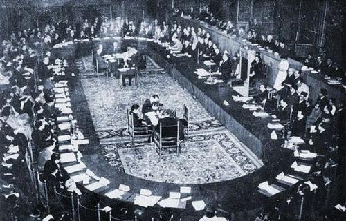 Image result for peserta konferensi Meja Bundar tahun 1949