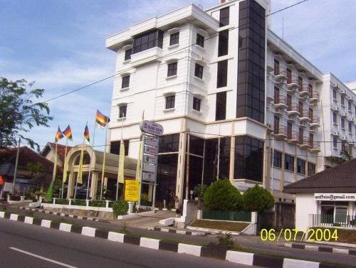 Image result for Hotel Bumi Asih Pangkal Pinang